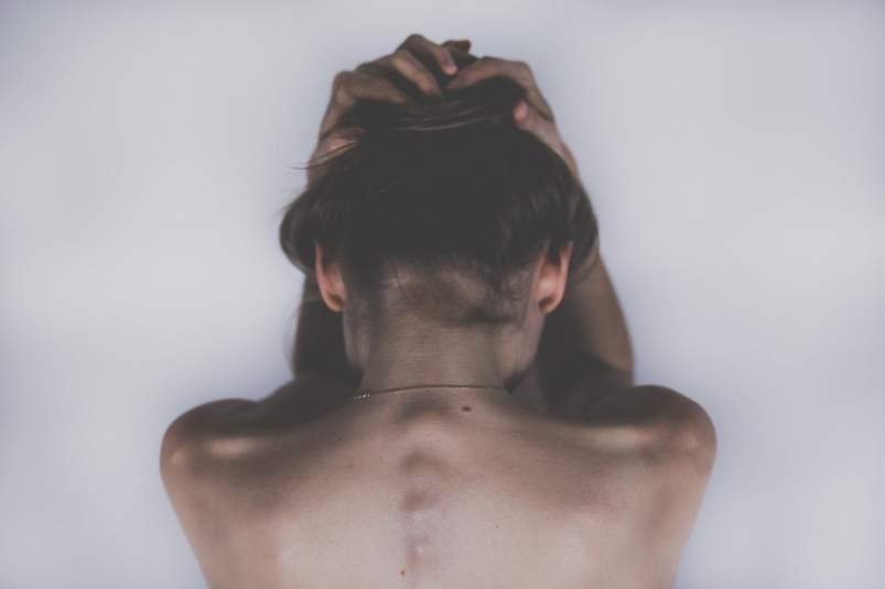 esklerosi anizkoitza, sintomak