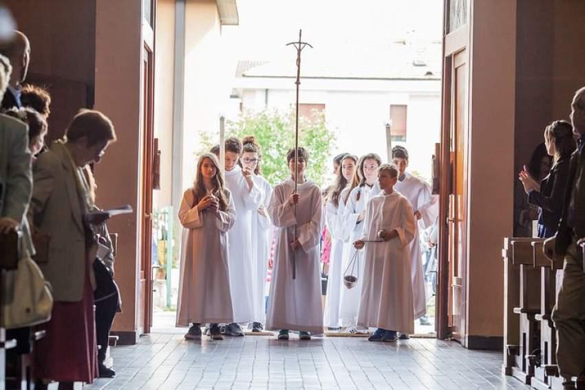 Alquilar vestido de comunión