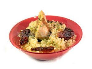 Arroz con pollo a la canela y verduras salteadas