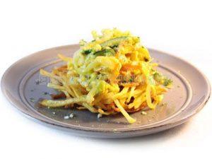 Nidos de patata con revuelto de verdura