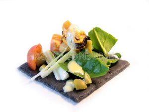 Ensalada de espinacas con mejillones