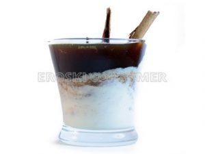Café de cereales con queso cremoso de canela