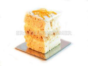 Pastel ruso de merengue con naranja y crema de sidra