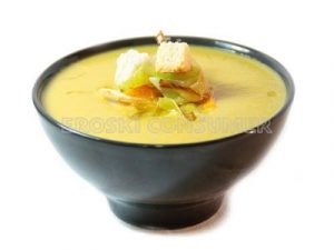Crema de calabacín y arroz con verduras salteadas