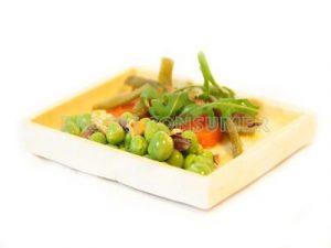 Ensalada verde con vinagreta templada de garrapiñadas