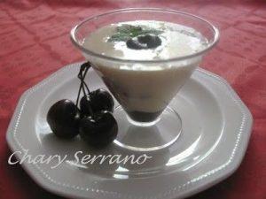 Copa light de arroz con lech y cerezas