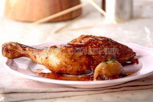 Pollo asado con chalotas caramelizadas