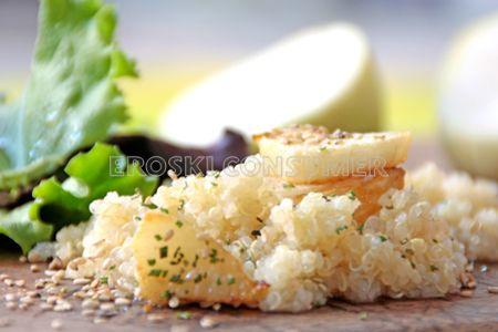 Ensalada de nabo, quinoa y semillas de sésamo