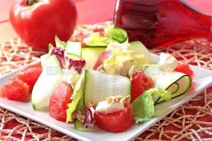 Ensalada de calabacín y tomate