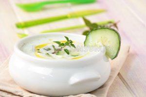 Sopa fría de pepino y menta