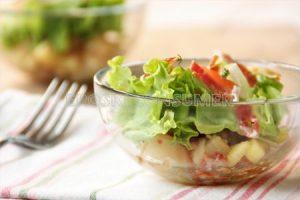 Entsalada mistoa patata birrinduekin eta udako tomatearekin