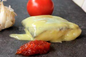 Tacos de bacallau ao pil pil con chutney de pemento do piquillo
