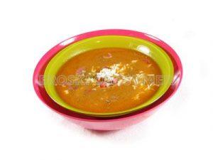 Sopa de ajo rápida con huevo duro y jamón