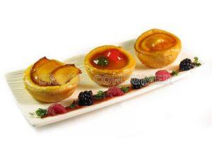 Tartaletas de frutas confitadas con crema Sabayón