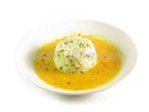 Arroz 'pilaw' con salsa de calabaza y zanahoria