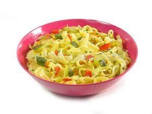 Tagliateles con verduras de temporada