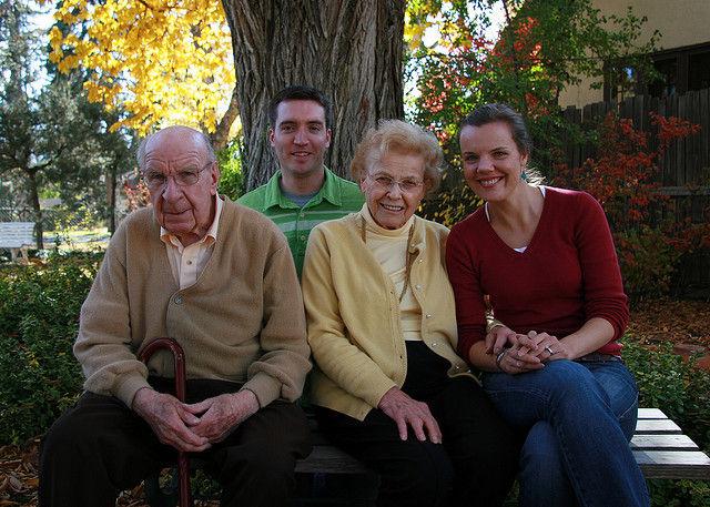 Img abuelos familia