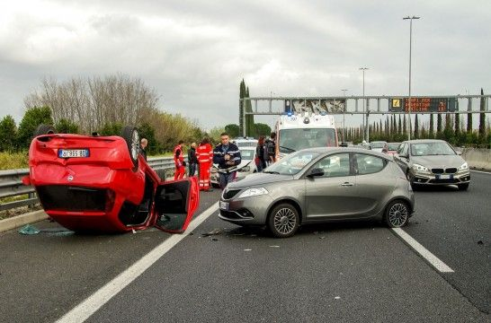 Img accidente coche listadogrande