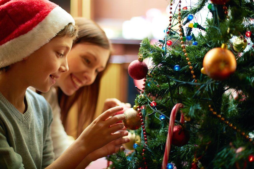 Img ahorrar luz electricidad navidad