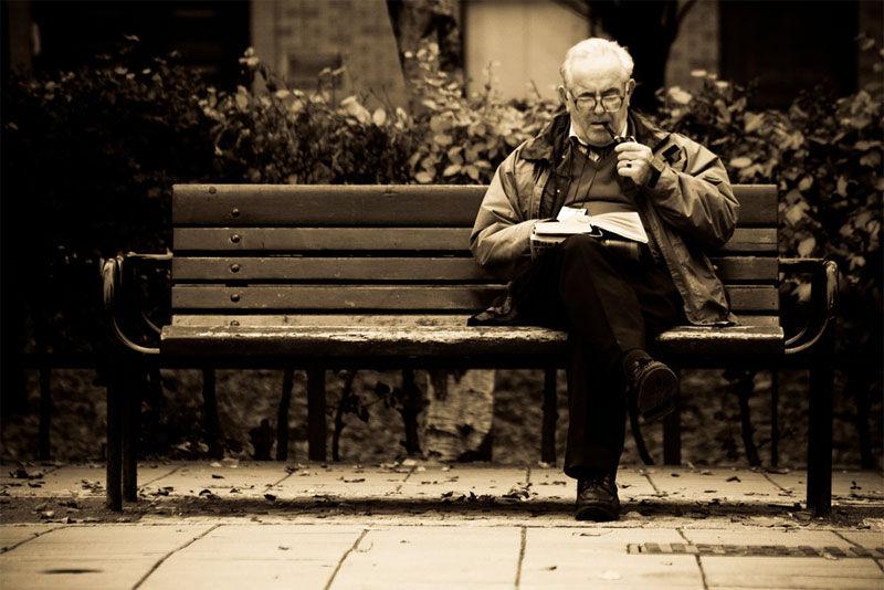 Img anciano sedentario