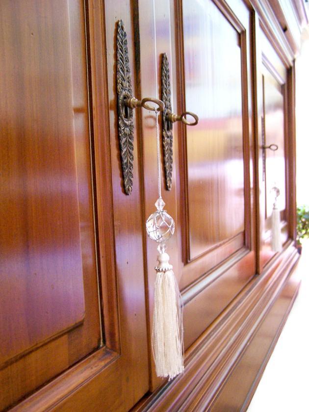 Img armario madera