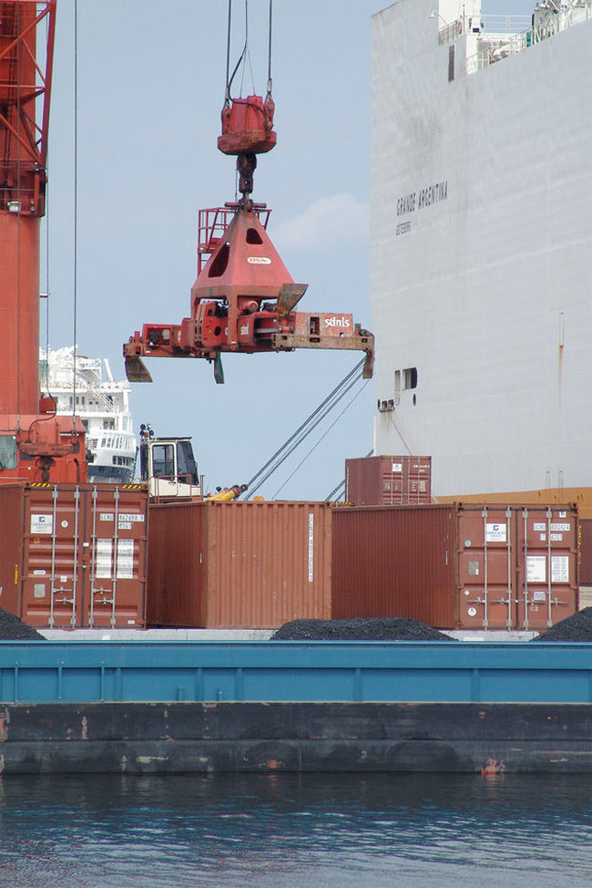 Img barco mercancia
