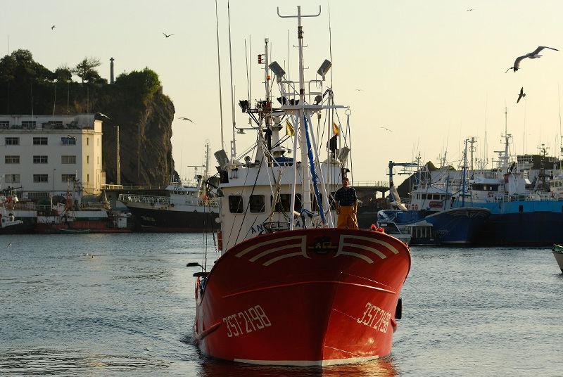 img_barco pesquero