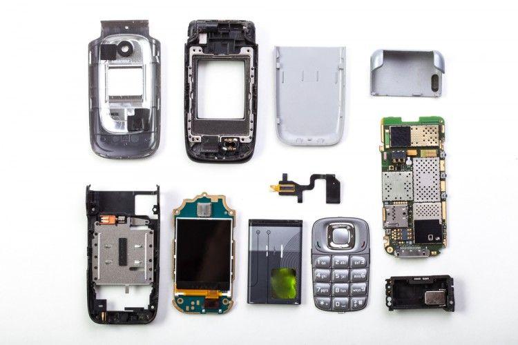 Img basura electronica smartphones art