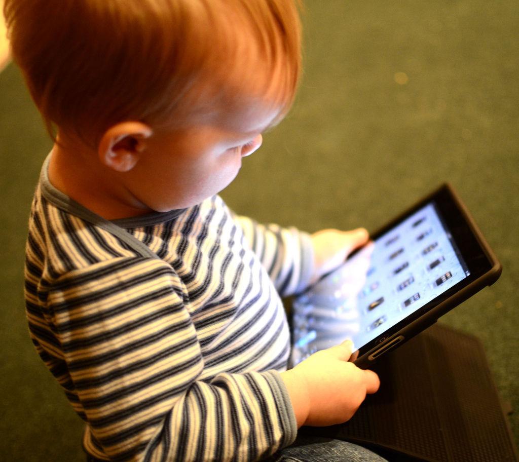 Img bebes tecnologias panales inteligentes bebes gadgets cuidados paternidad
