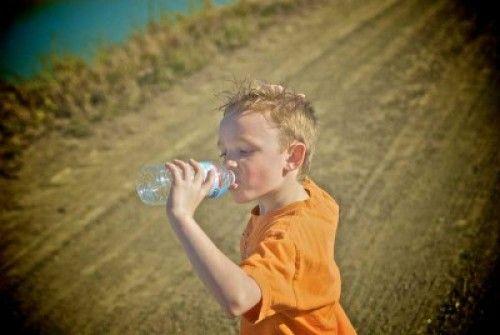 Img bebiendo agua