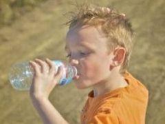 Img bebiendo agua2 art