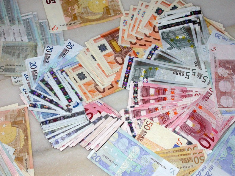 img_billetes hd_ 2