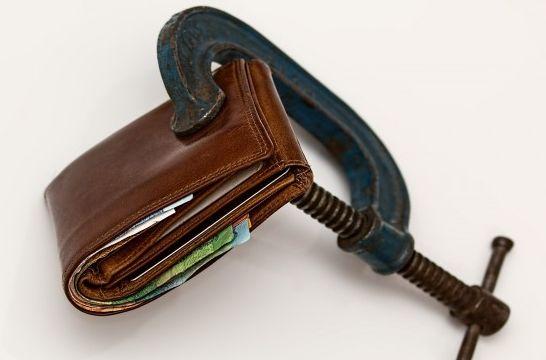 Img bloqueo dinero cuenta listadogrande