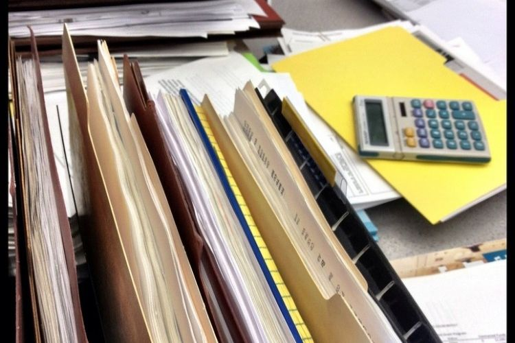 Img burocracia renta grande