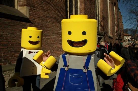 Img carnaval reciclaje lego
