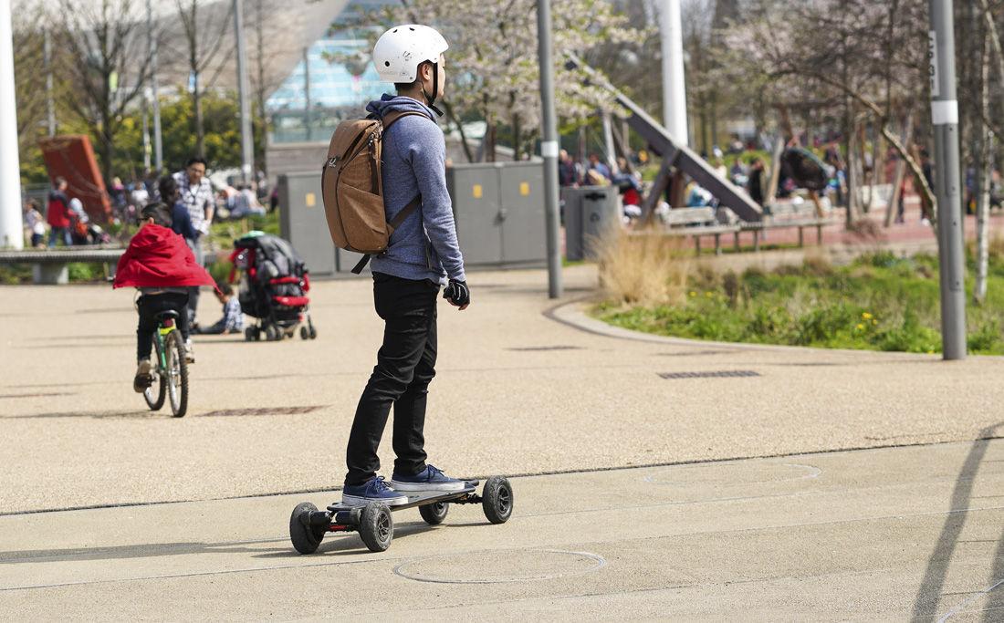 Img cinco cosas montar patinete hd