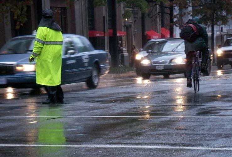 Img circular bici lluvia grande
