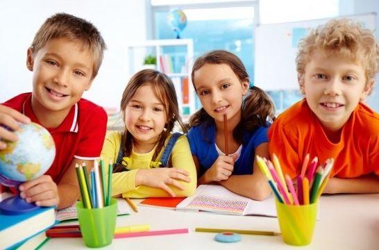 Img colegios becas ayudas listadogr