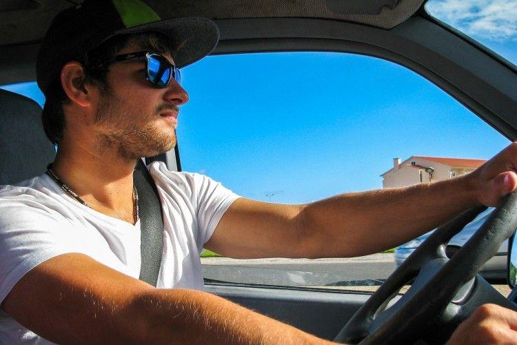 Img conducir conductor grande