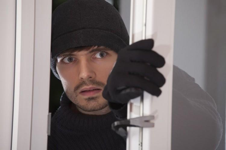 Img denunciar robo casa apertura