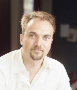 François Derbaix, hotel-erreserben plataformaren sortzaileetako bat eta Toprural gomendioa