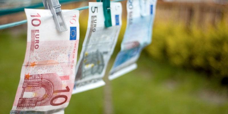 img_dinero tendido 2
