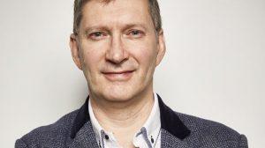 Simon Poole, doctor, investigador y miembro del Comité de Medicina de Salud Pública y del Comité de Médicos Generales de la Asociación Médica Británica