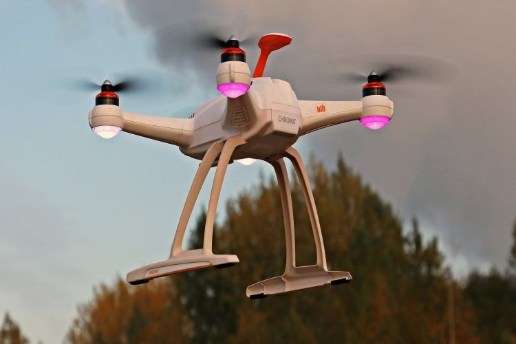 Img drone robot grande