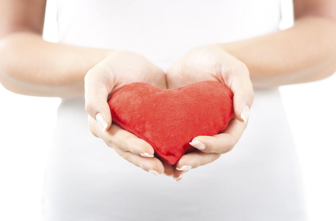 Img el corazon mujer hd