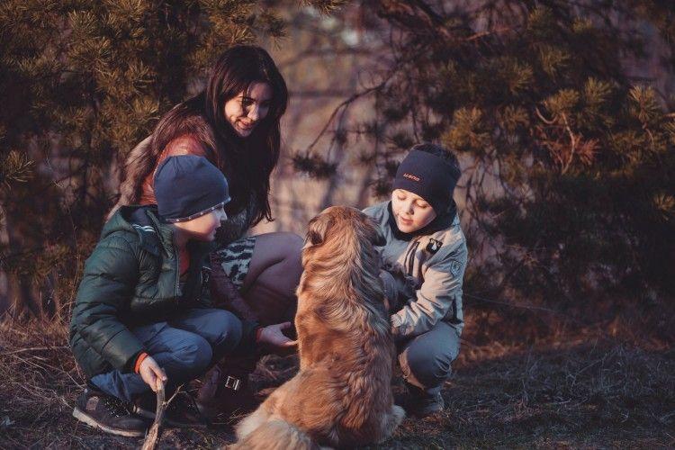 Img familia perro conciliar grande