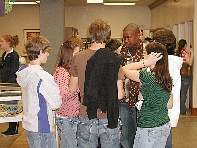 Img grupo estudiantes