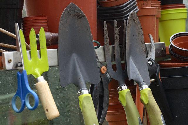 Img herramientas huerto jardin