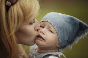 Img hijo no quiere besos arti