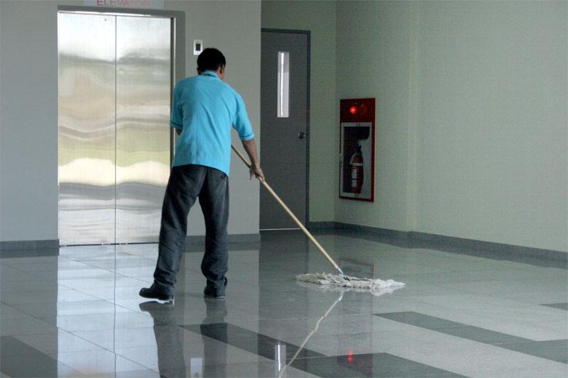 Img hombre limpieza